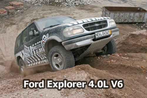Ford_Explorer_ 4.0L_V6_OFF_ROAD_Centrum_Stare_Mesto